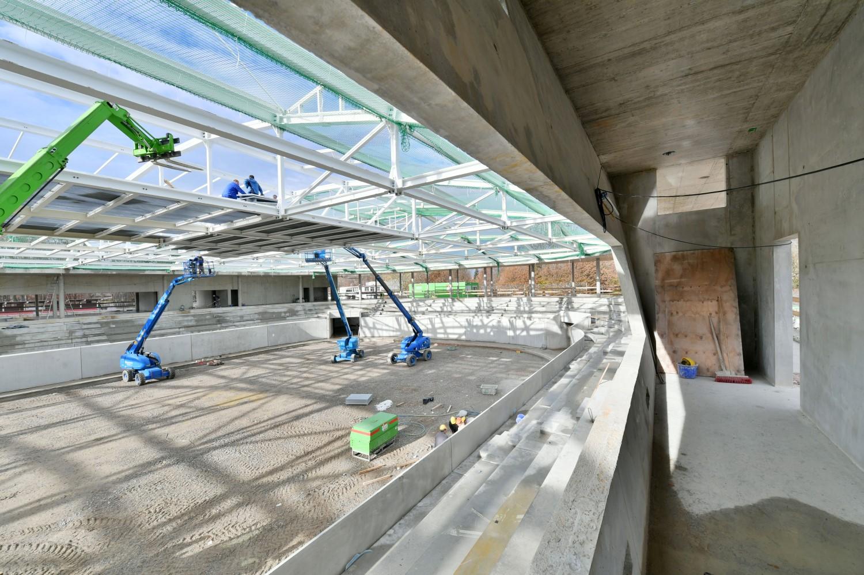 Ein Blick auf die künftige Eisfläche des neuen Kaufbeurer Eisstadions. Bild: Marketingagentur Tenambergen